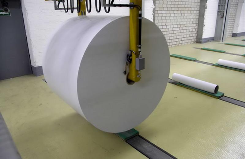 O tanque de aço inox na fabricação de papel