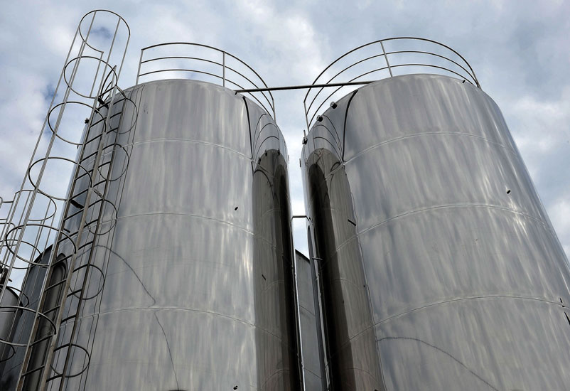 tanques de armazenamento